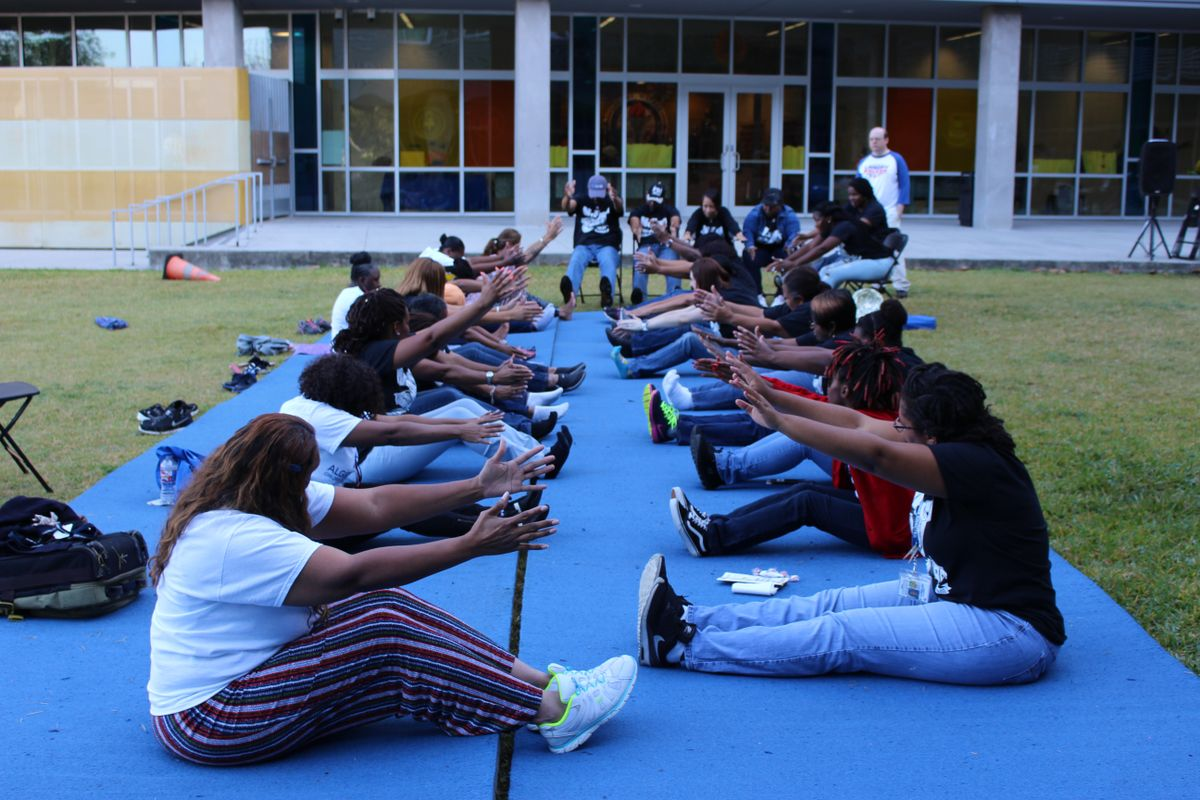 Algiers Charter Employees Break for Health & Wellness